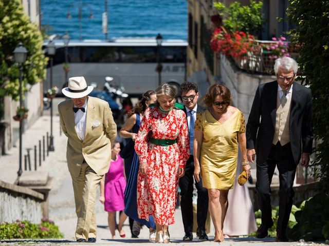 Il matrimonio di Marcello e Elisabetta a Angera, Varese 23