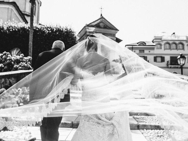 Il matrimonio di Marcello e Elisabetta a Angera, Varese 25
