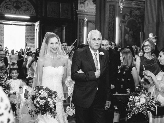 Il matrimonio di Marcello e Elisabetta a Angera, Varese 30