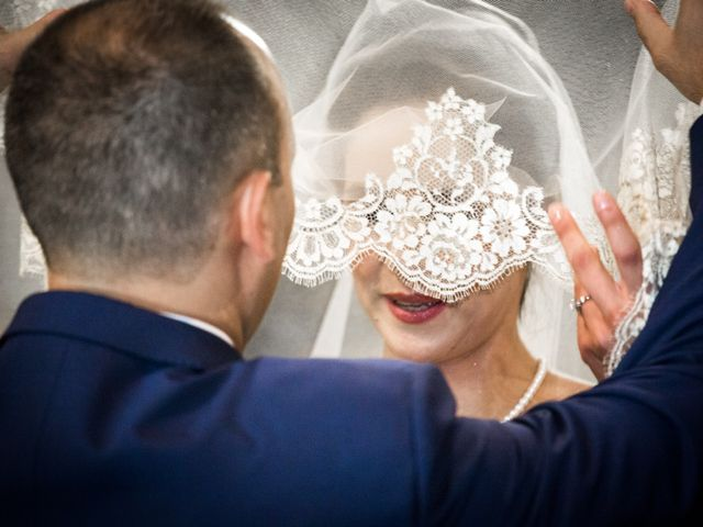 Il matrimonio di Marcello e Elisabetta a Angera, Varese 32