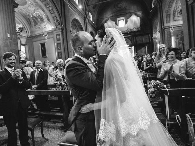 Il matrimonio di Marcello e Elisabetta a Angera, Varese 44