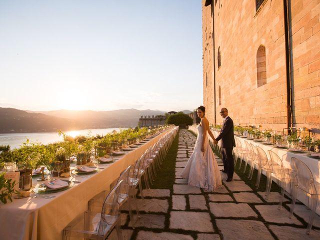 Il matrimonio di Marcello e Elisabetta a Angera, Varese 79
