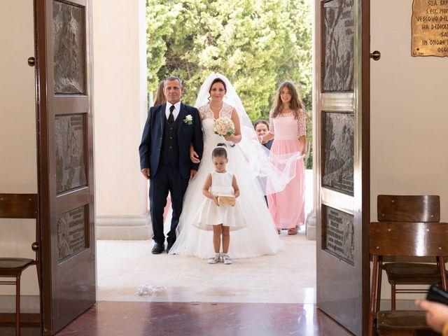 Il matrimonio di Cristian e Andrea Silvia a Montenero di Bisaccia, Campobasso 28