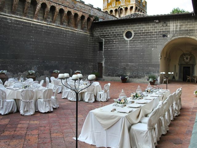 Il matrimonio di Jide e Kathleen a Castelfiorentino, Firenze 55