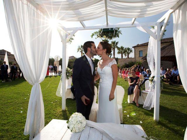 Il matrimonio di Fabrizio e Milena a Mosciano Sant'Angelo, Teramo 15