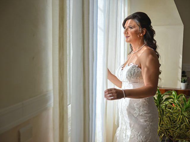 Il matrimonio di Lina e Mario a Castellammare di Stabia, Napoli 23
