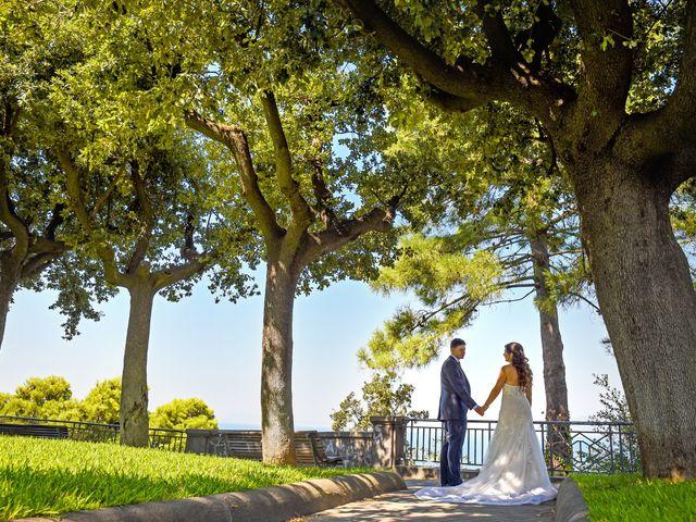 Il matrimonio di Lina e Mario a Castellammare di Stabia, Napoli 35