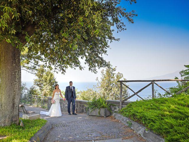 Il matrimonio di Lina e Mario a Castellammare di Stabia, Napoli 36