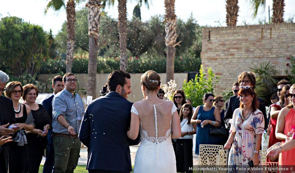 Il matrimonio di Fabrizio e Milena a Mosciano Sant'Angelo, Teramo