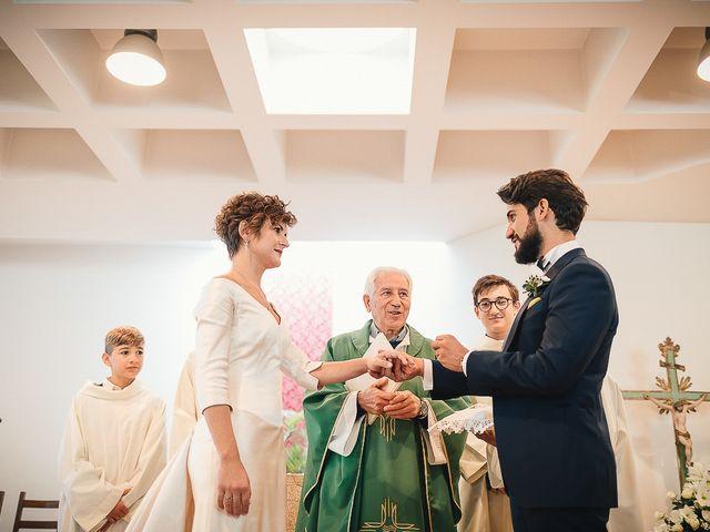 Il matrimonio di Tommaso e Clarissa a Mombaruzzo, Asti 32