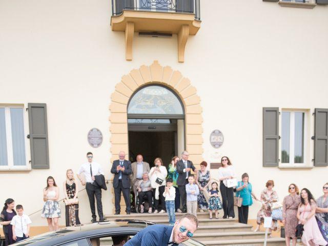 Il matrimonio di Fabio e Sabrina a Castel San Pietro Terme, Bologna 14
