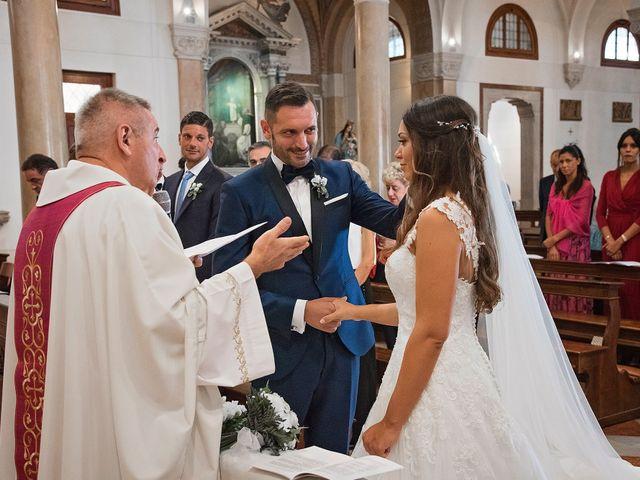 Il matrimonio di Marco e Sara a Volpago del Montello, Treviso 15