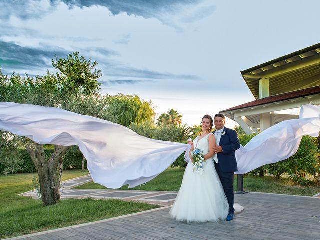 Il matrimonio di Donato e Angela a Castelnuovo della Daunia, Foggia 2