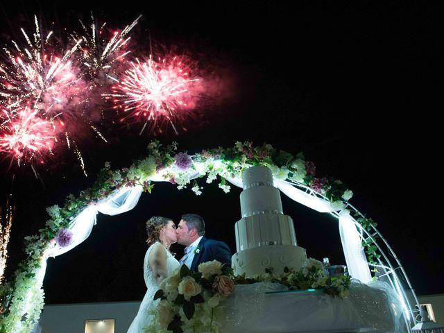 Il matrimonio di Donato e Angela a Castelnuovo della Daunia, Foggia 15