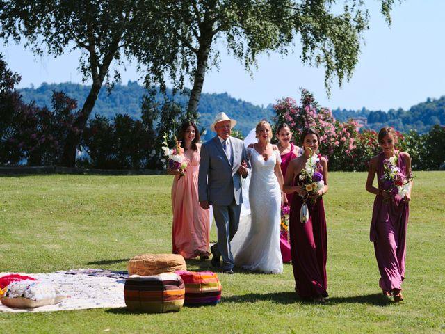 Il matrimonio di Clayton e Lara a Laveno-Mombello, Varese 31