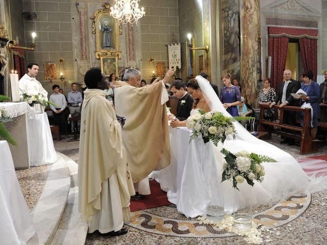 Il matrimonio di Marco e Alessandra a Lari, Pisa 9