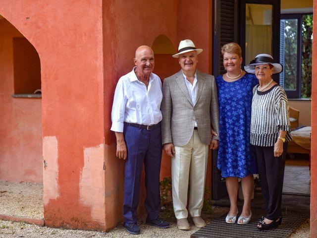 Il matrimonio di Roberto e Mariangela a Procida, Napoli 17