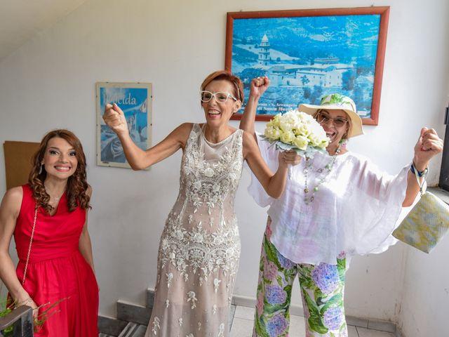 Il matrimonio di Roberto e Mariangela a Procida, Napoli 20