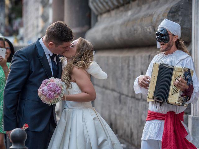 Il matrimonio di Roberto e Anna a Napoli, Napoli 13