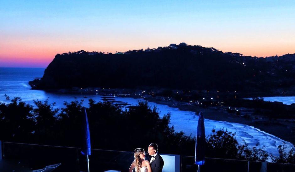 Il matrimonio di Massimo  e Roberta  a Napoli, Napoli