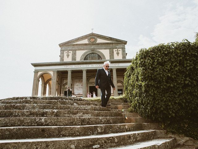 Il matrimonio di Vlad e Delis a Città di Castello, Perugia 47