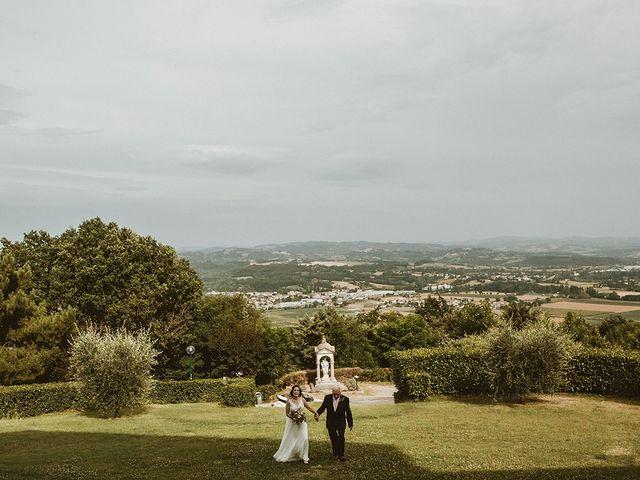Il matrimonio di Vlad e Delis a Città di Castello, Perugia 50