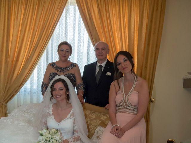 Il matrimonio di Mattia e Rossella a Tuglie, Lecce 17