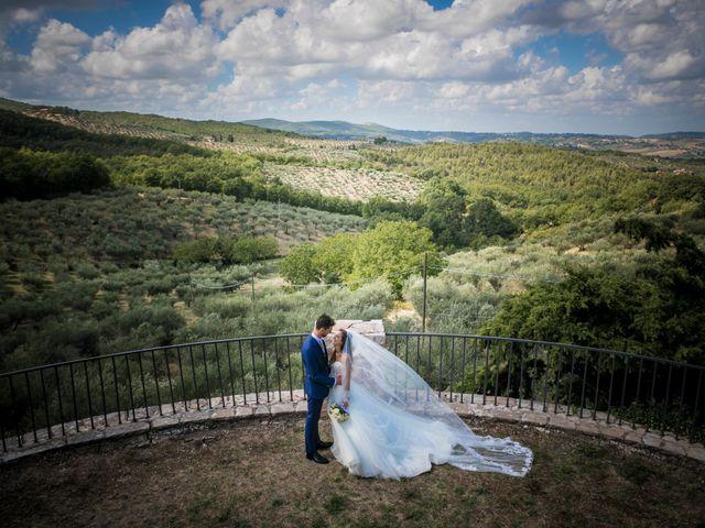 Il matrimonio di Cristiano e Angela a Torgiano, Perugia 2