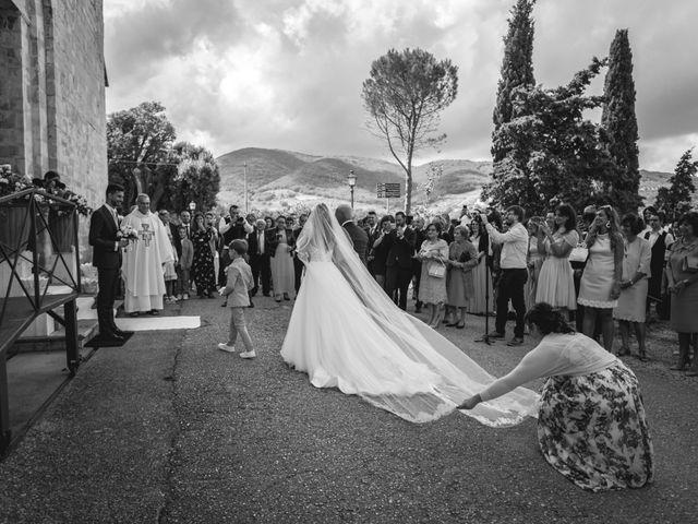 Il matrimonio di Cristiano e Angela a Torgiano, Perugia 16