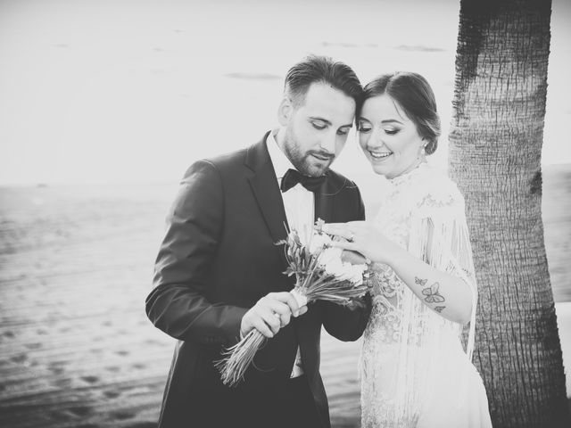 Il matrimonio di Raffaella e Vincenzo a Napoli, Napoli 41