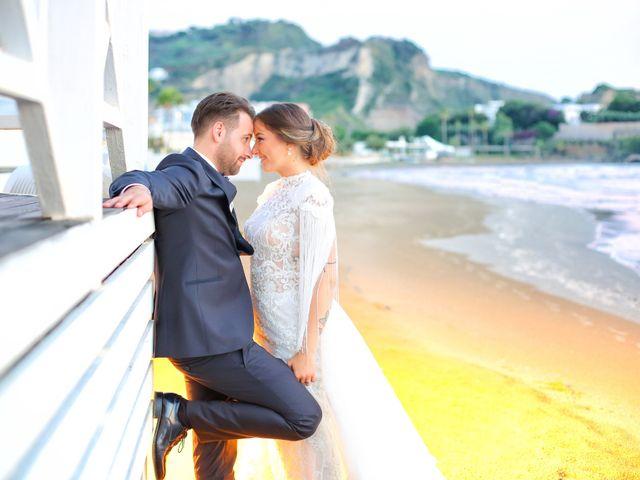 Il matrimonio di Raffaella e Vincenzo a Napoli, Napoli 48