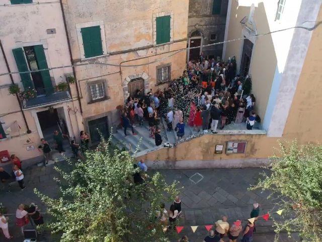 Il matrimonio di Samuele e Ilaria a Fosdinovo, Massa Carrara 6