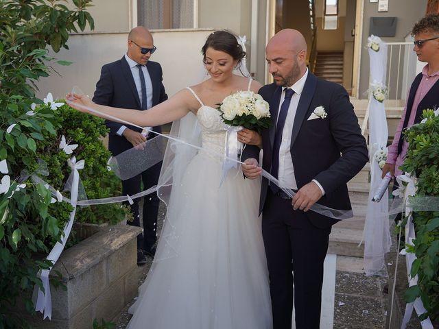 Il matrimonio di Piersilvio e Selenia a Latronico, Potenza 16
