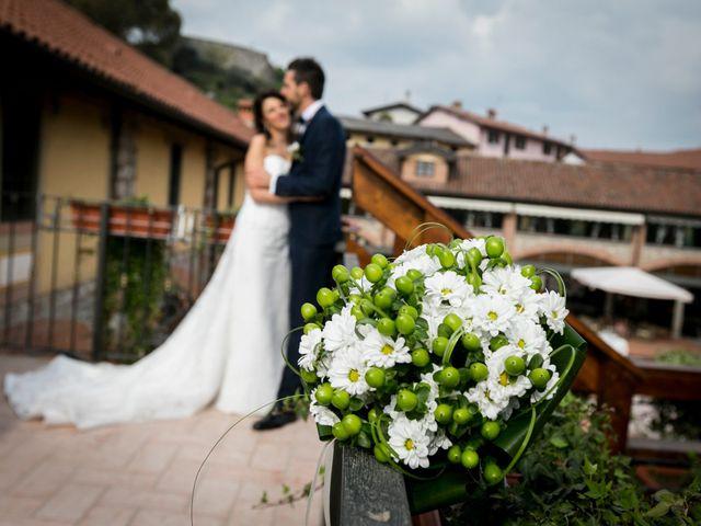 Il matrimonio di Antonio e Costanza a Bizzarone, Como 11