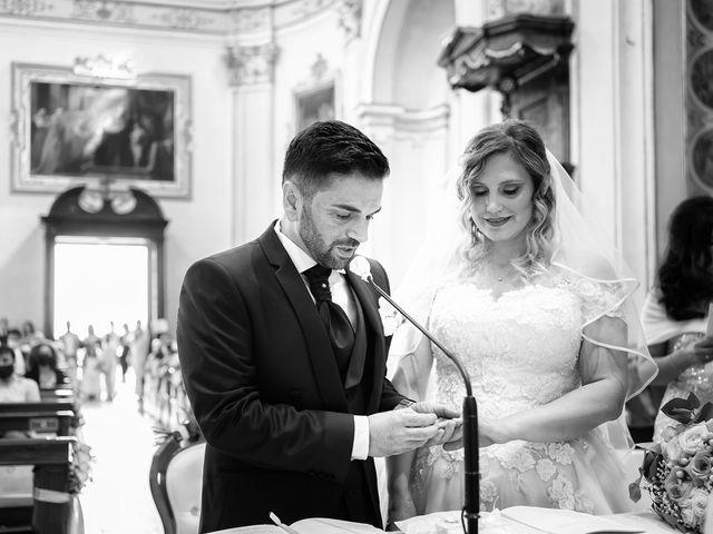 Il matrimonio di Emiliano e Carmela a Gandosso, Bergamo 17