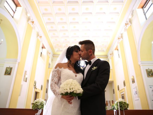 Il matrimonio di Luca e Teresa a Caserta, Caserta 23
