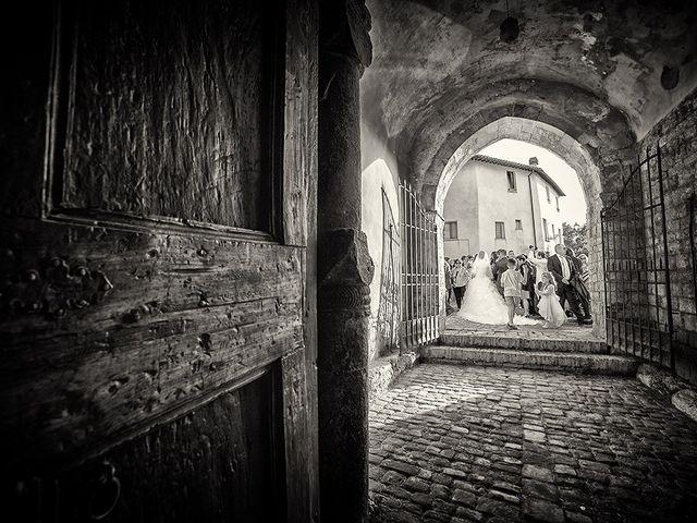 Il matrimonio di David e Martina a San Severino Marche, Macerata 16