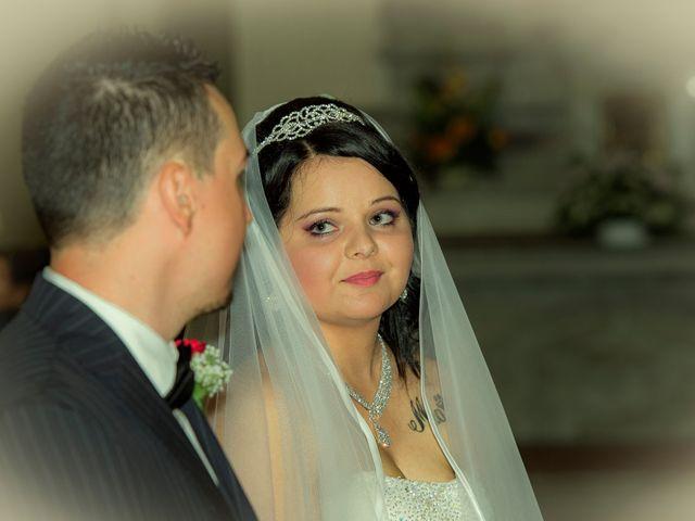Il matrimonio di Luca e Evelin a Campogalliano, Modena 20