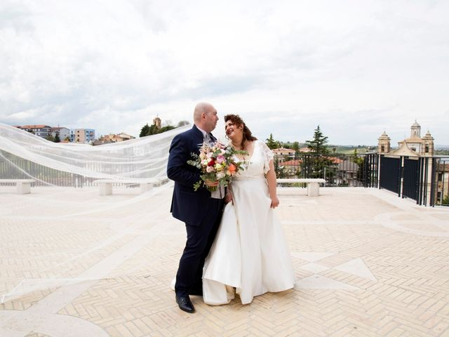 Il matrimonio di Andrea e Debora a Pianella, Pescara 30