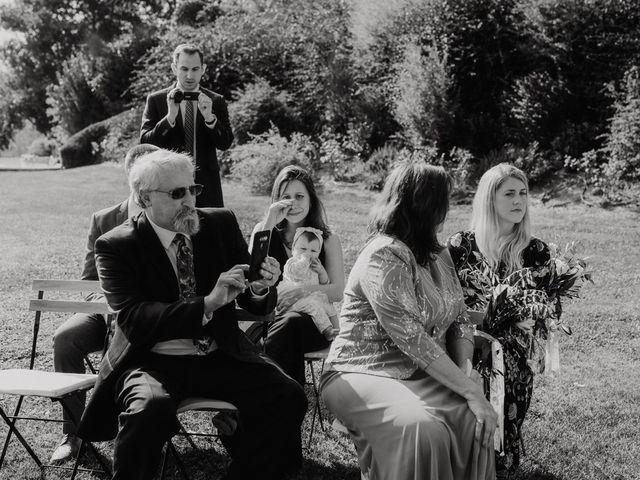 Il matrimonio di Joshua e Ulrike a Chiusdino, Siena 23