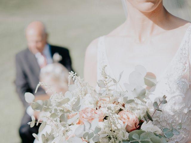 Il matrimonio di Joshua e Ulrike a Chiusdino, Siena 27
