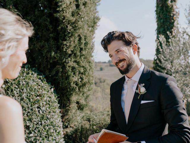 Il matrimonio di Joshua e Ulrike a Chiusdino, Siena 32