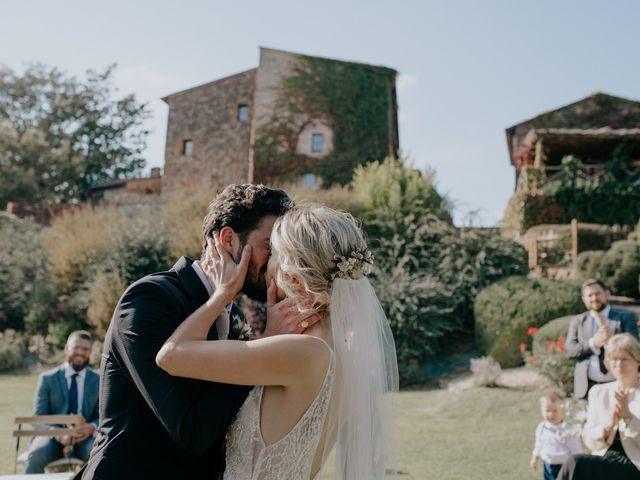 Il matrimonio di Joshua e Ulrike a Chiusdino, Siena 36