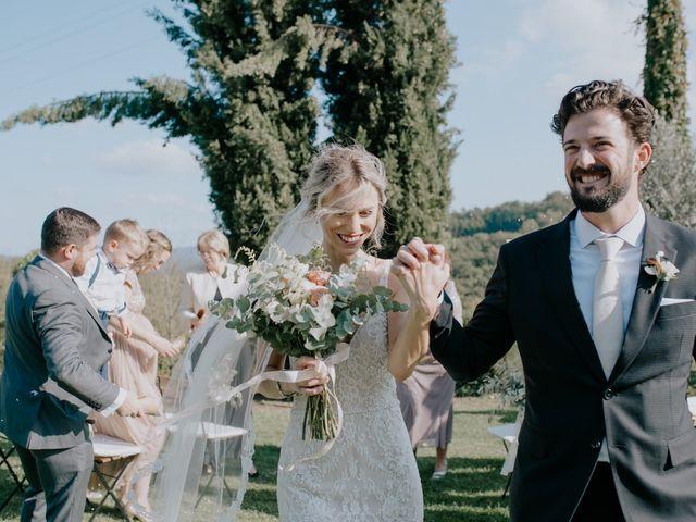 Il matrimonio di Joshua e Ulrike a Chiusdino, Siena 38
