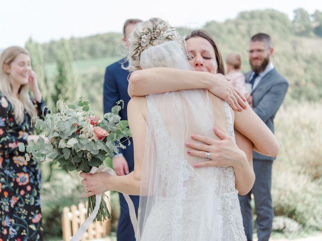 Il matrimonio di Joshua e Ulrike a Chiusdino, Siena 41
