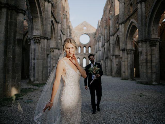 Il matrimonio di Joshua e Ulrike a Chiusdino, Siena 55