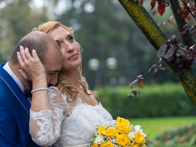 Il matrimonio di Monica e Gabriele a Vigevano, Pavia 21