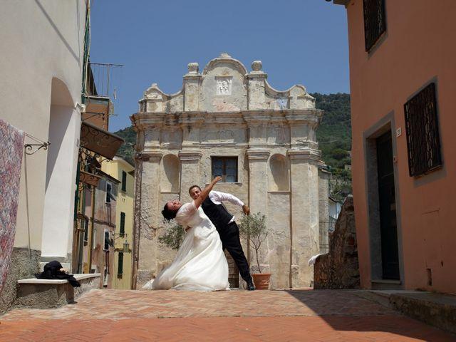 Il matrimonio di Jennifer e Raimondo a Sarzana, La Spezia 16