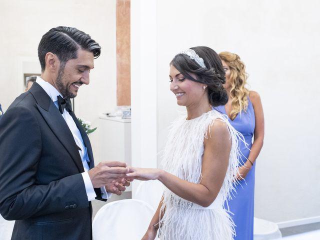 Il matrimonio di Massimilano e Elisabetta a Luino, Varese 12