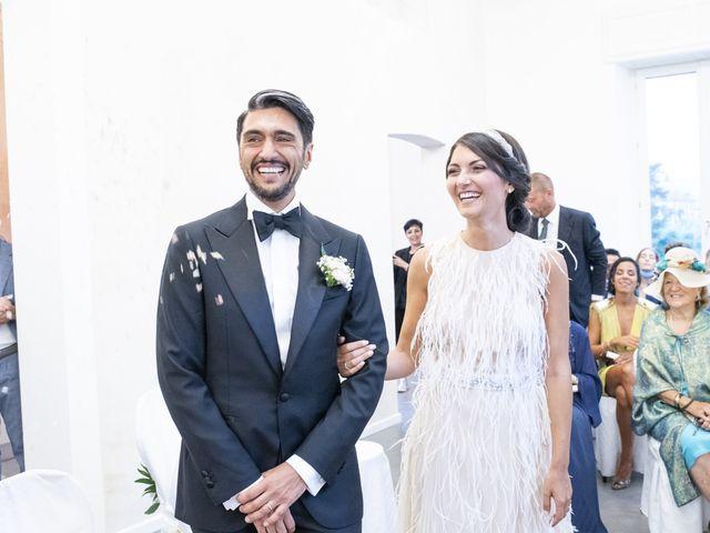 Il matrimonio di Massimilano e Elisabetta a Luino, Varese 14
